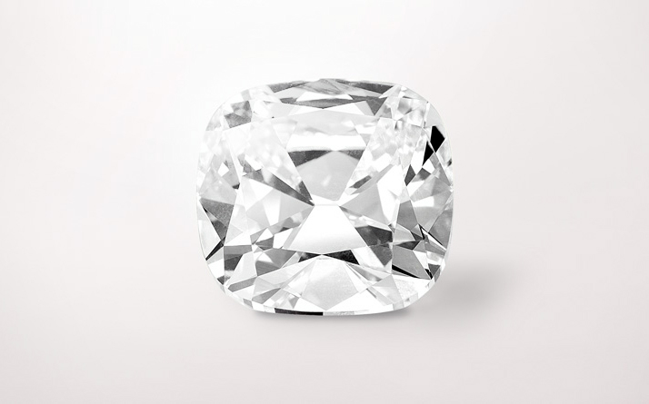 Cushion cut diamond of 15.02 carats. Photo © Van Cleef & Arpels.