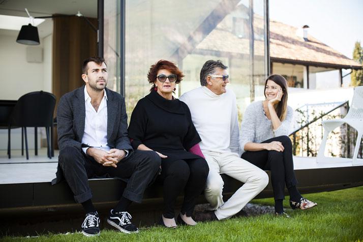The owner of Mirror Houses with family. Photo © Nicolò Degiorgis.