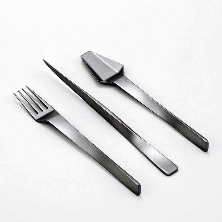 Muse cutlery set by Frederik Delbart. Photo © Julien Hayard.