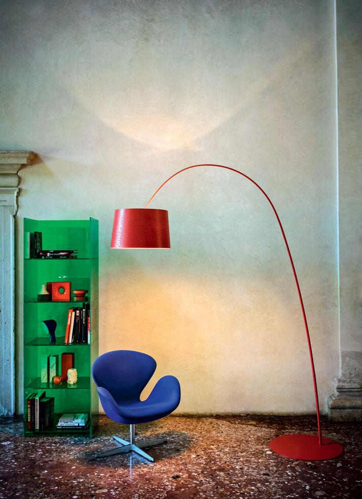 'Twiggy' by Marc Sadler, 2006 and 'Binik' by Ionna Vautrin, 2010. Photo by Andrea Ferrari, © Foscarini, RITRATTI-volume 1.