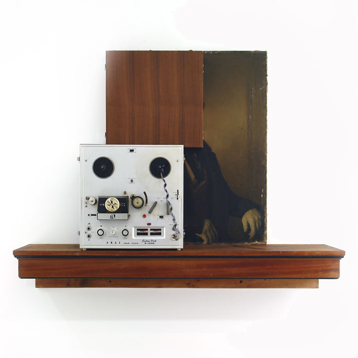 Peter Buechler, Untitled, 2013. Found objects, randomised spinning tape recorder, 90x111x25cm. Photo courtesy of the artist.
