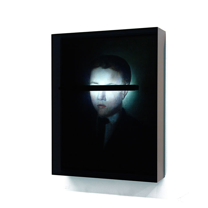 Peter Buechler, Untitled, 2014. Objet trouvé, neon light, acrylic box, 52x42x11cm. Private collection, Hamburg, Germany. Photo courtesy of the artist.