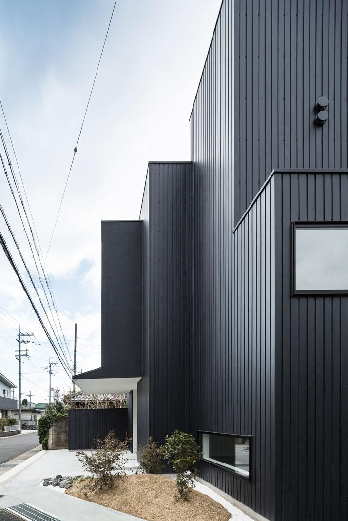 Framing House In Shiga Japan By Kouichi Kimura Architects