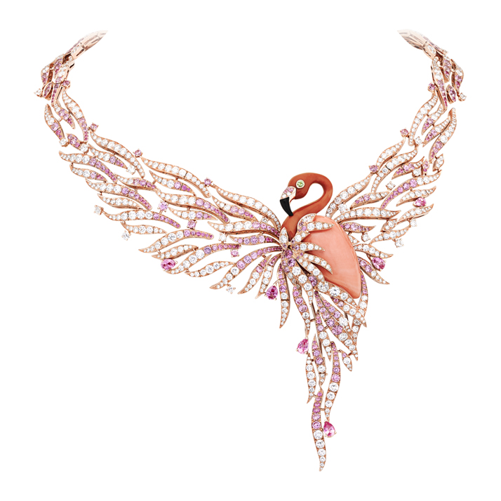 Flamant Corail necklace with detachable clip in coral, pink sapphires, peridots, onyx and diamonds. © Van Cleef & Arpels.