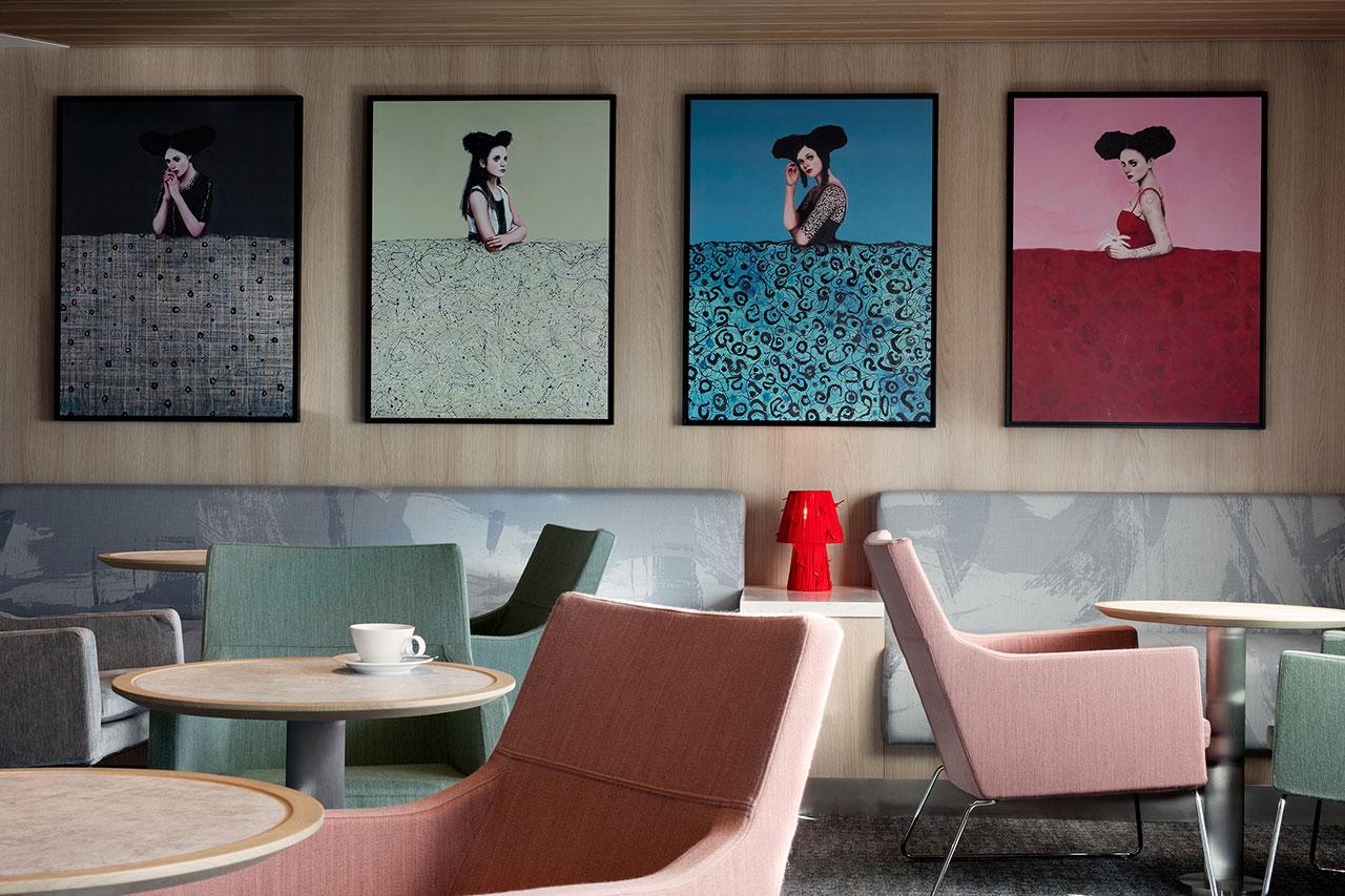 C Club Lounge. Art byAlfredo Palmero.Photography by Klunderbie.