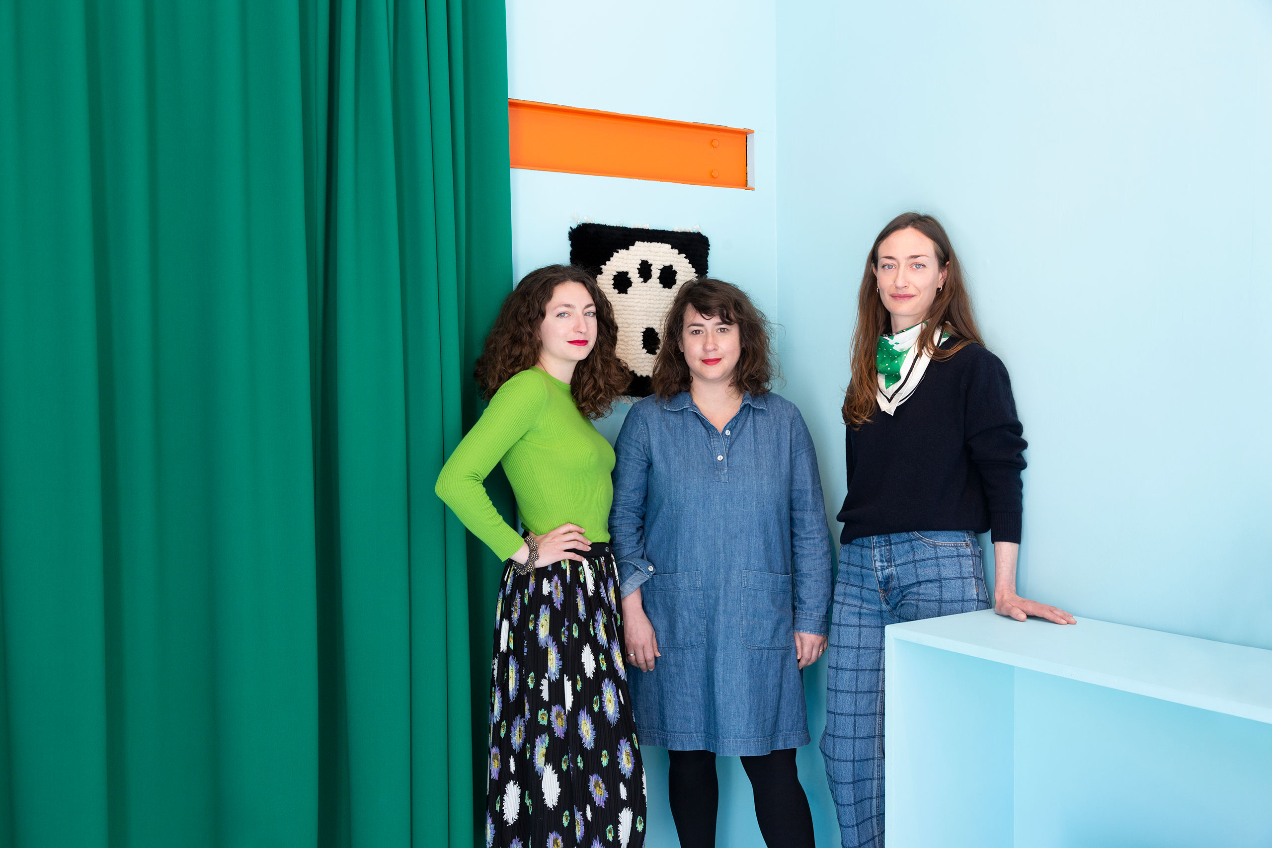 Portrait of WE DO NOT WORK ALONE founders, Louise Grislain, Anna Klossowski and Charlotte Morel.Photography © Émile Kirsch.