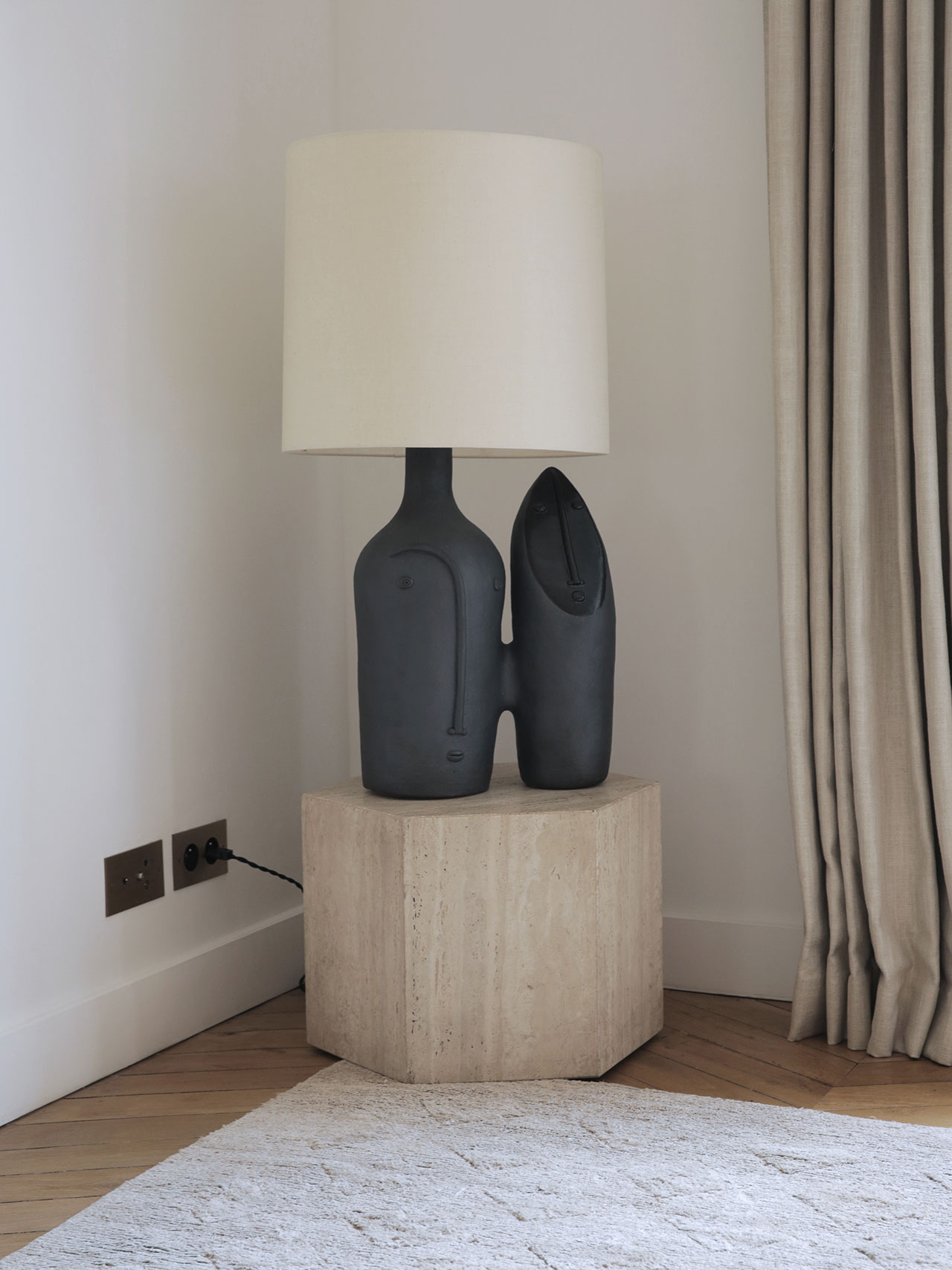 Sculptural lamp in ceramic by Les Dalo, 2014.Shade by Anne Sokolvsky. Photography by Damien de Medeiros.