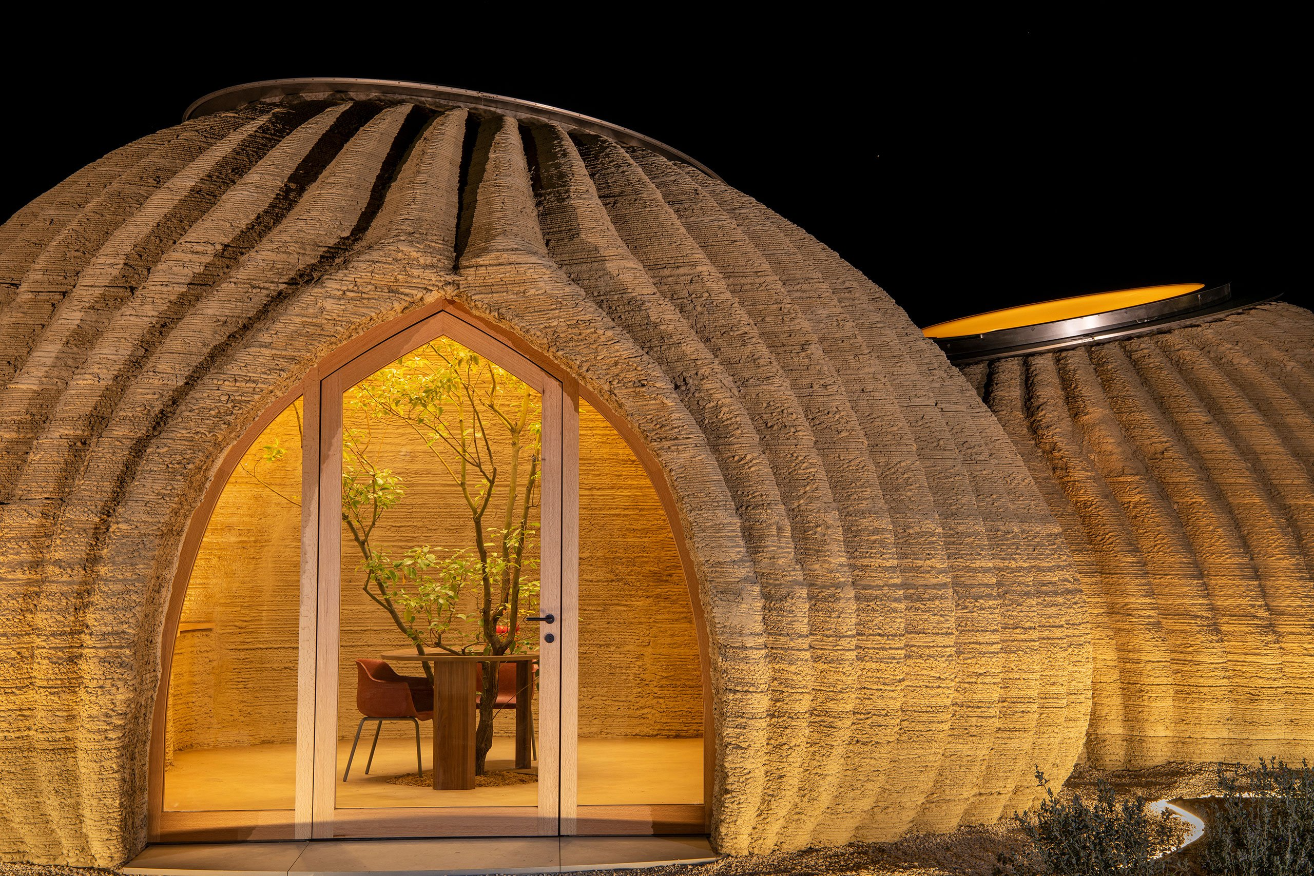 TECLA, 3D Printed Habitat by WASP and Mario Cucinella Architects.Photo by Iago Corazza.