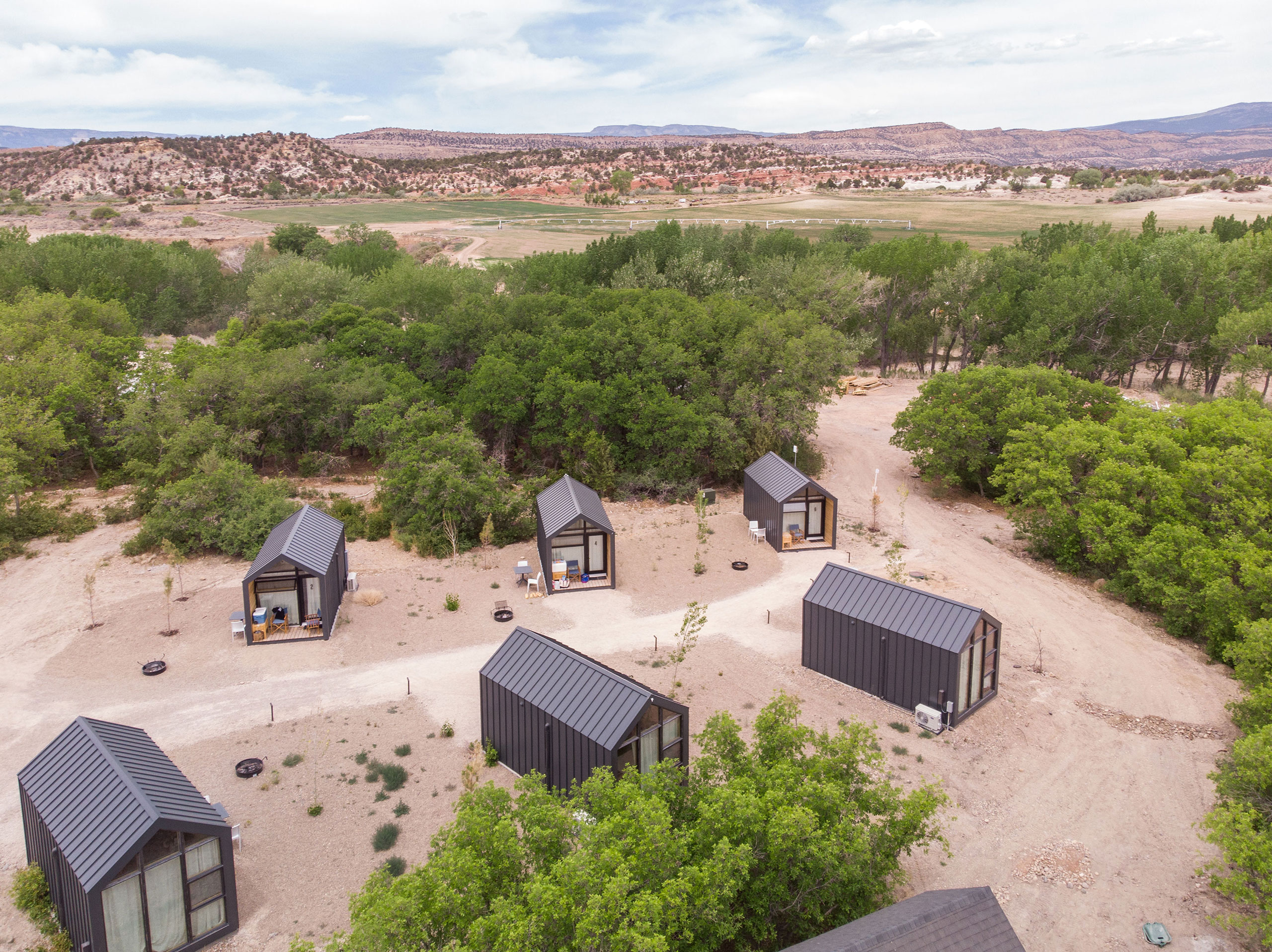 Cabins Overhead.Photography by Kim and Nash Finley.