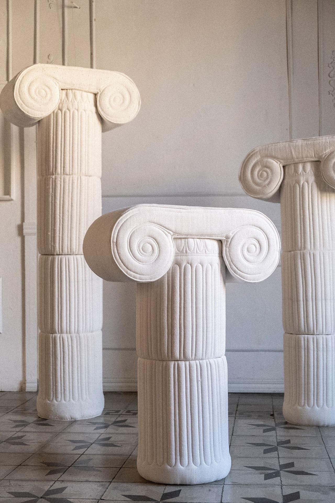 Ionic Columns. Photography © Sergio Roger.