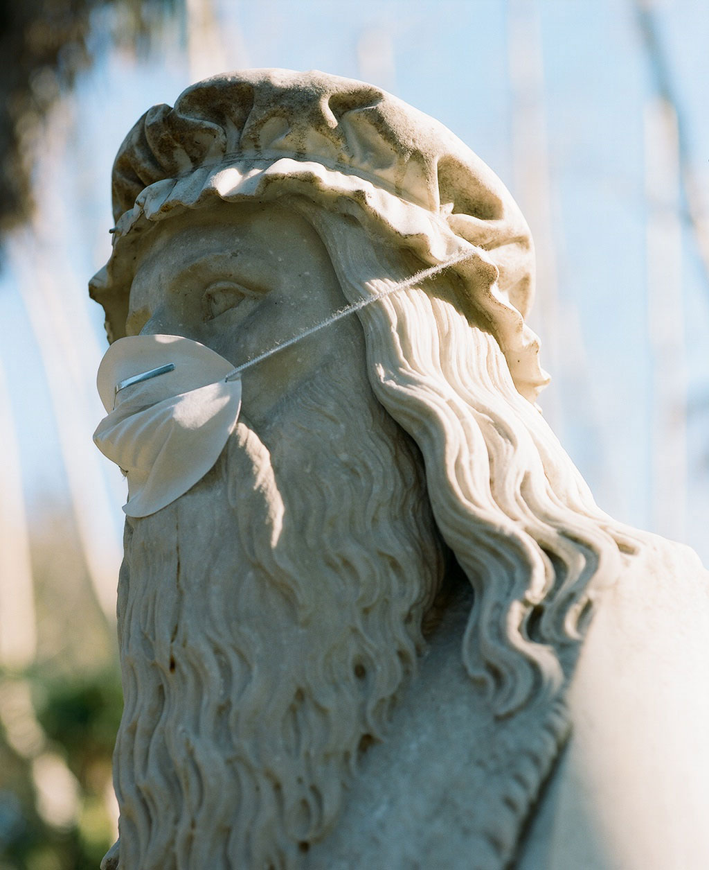 Bust of painter and engineer Leonardo da Vinci (1452-1519) at Villa Borghese gardens, Rome. Photo © Federico Pestilli.