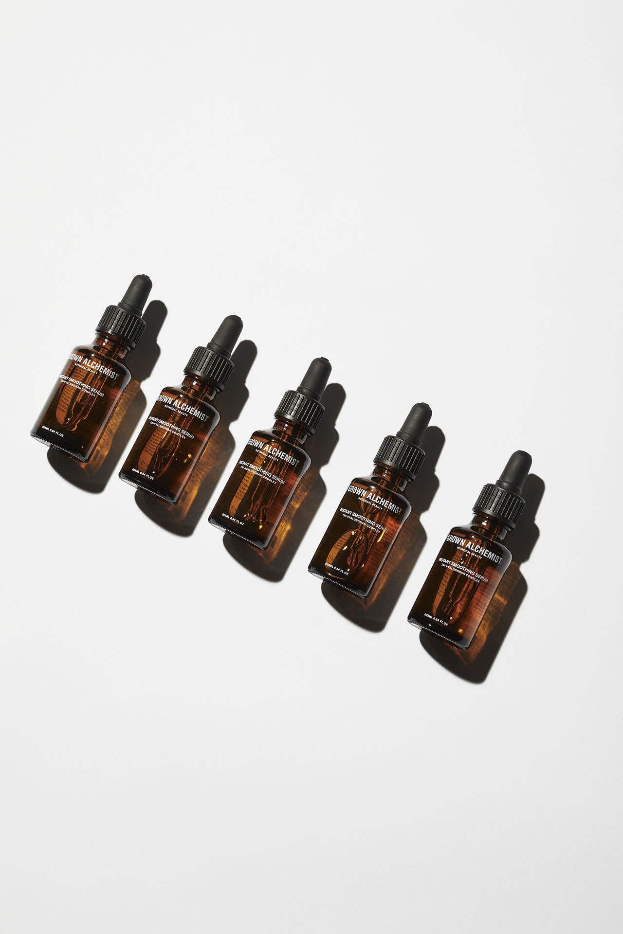 Instant Smoothing Serum (Tri-Hyaluronan Complex).Photo © GROWN ALCHEMIST.