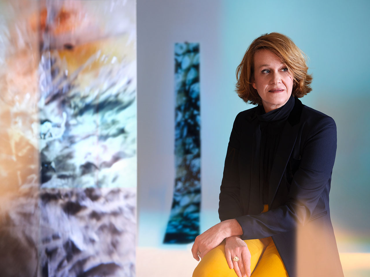 These unexpected pictures of Annette Baumeister represent her and showcase personal objects like processed fabrics, exceptional ceramics, wood prints, iridescent shells and marbled stones, which are important sources of inspiration for her work.She immerses herself in her very personal worlds of color and material in the resulting motifs. The picture series was created in collaboration with the Munich based photographer Sacha Tassilo Höchstetter.