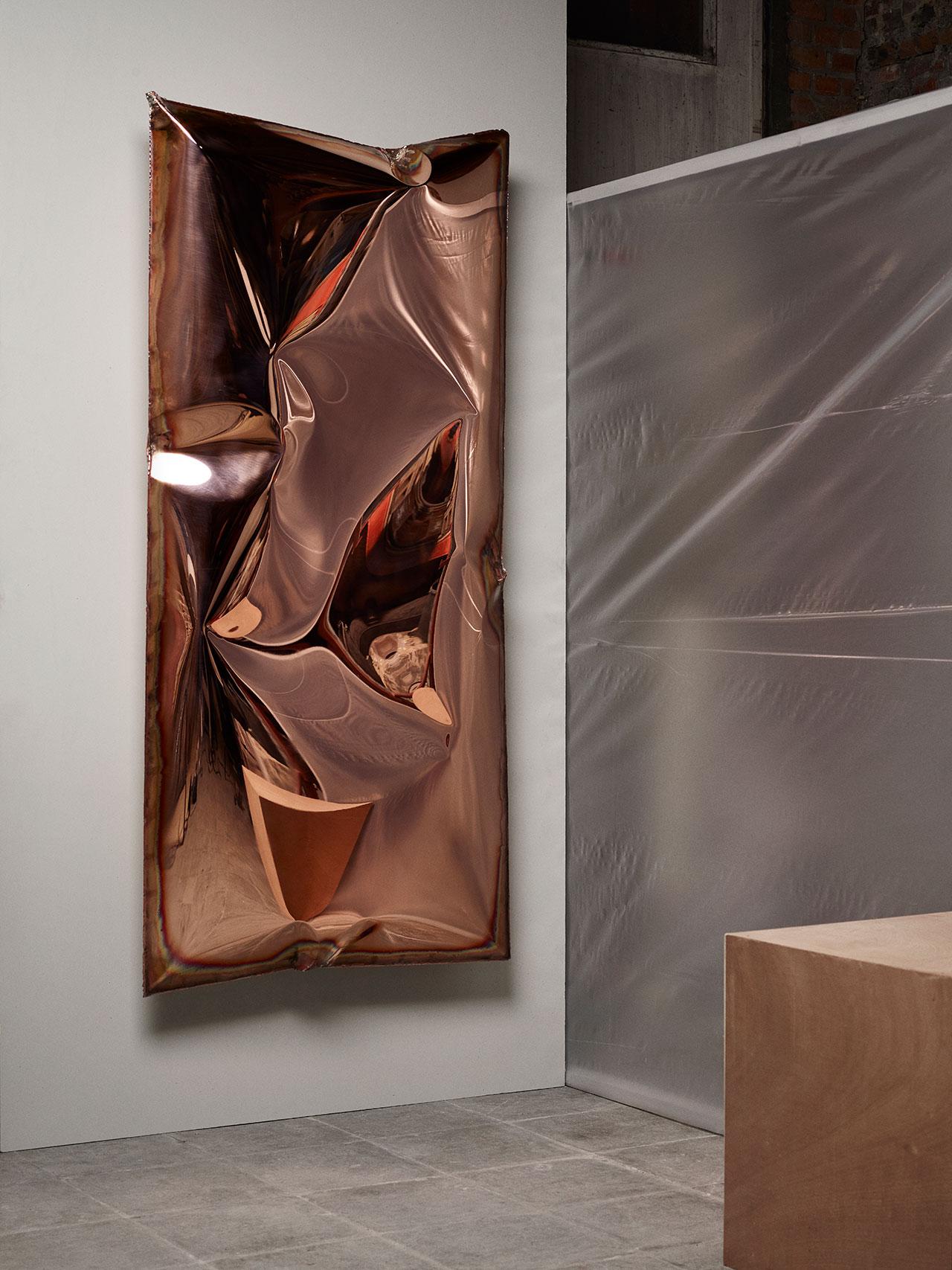 Ben Storms,InHale wallpiece copper. Photography © Alexander Popelier.