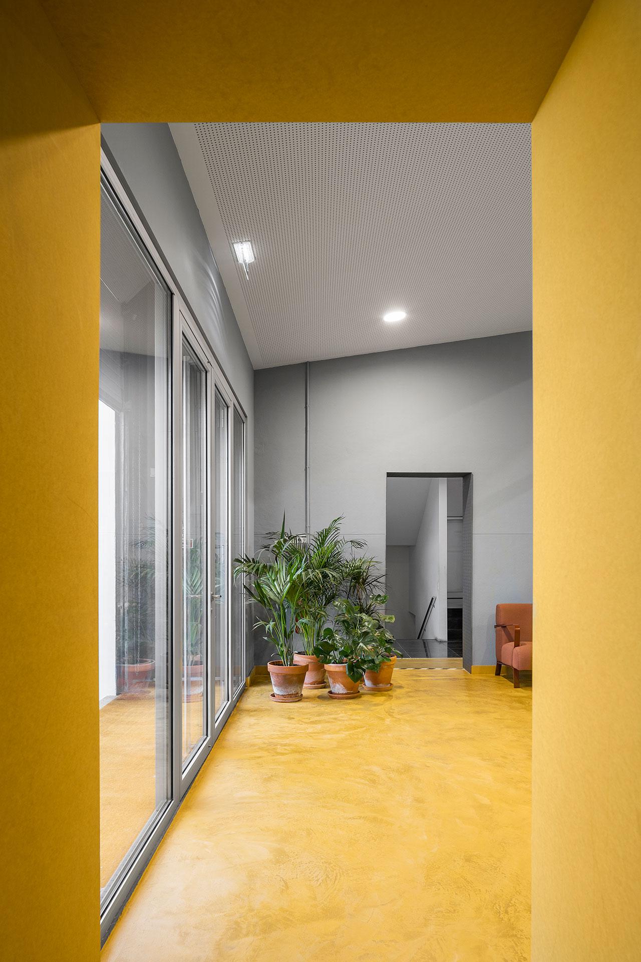 Spectris Innovation Centre by STUDIUM. Photo by Ivo Tavares Studio.