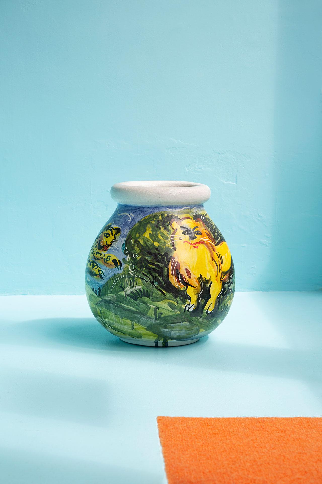 Vase by Matthieu Cossé. Photography © Émile Kirsch.