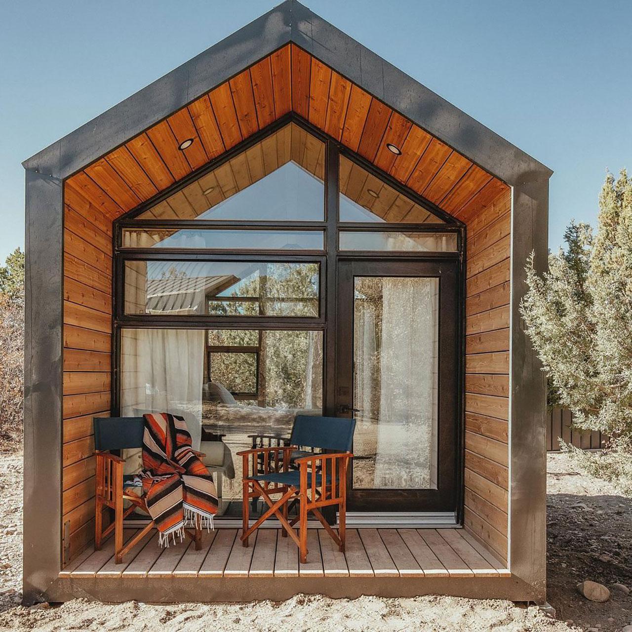 Cabin exterior.Photography by Aleks Danielle Butman.