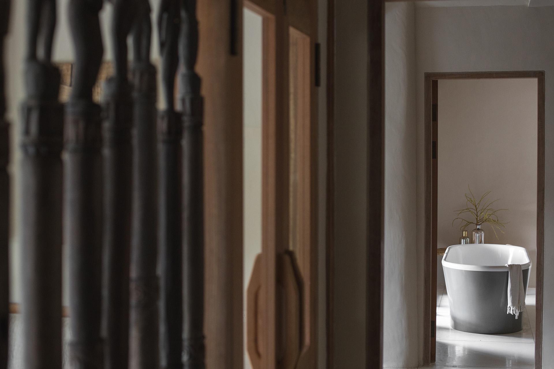 The Meier bedroom. Photo by Jencquel Tommaso Riva. Styling byLisa Scapin.