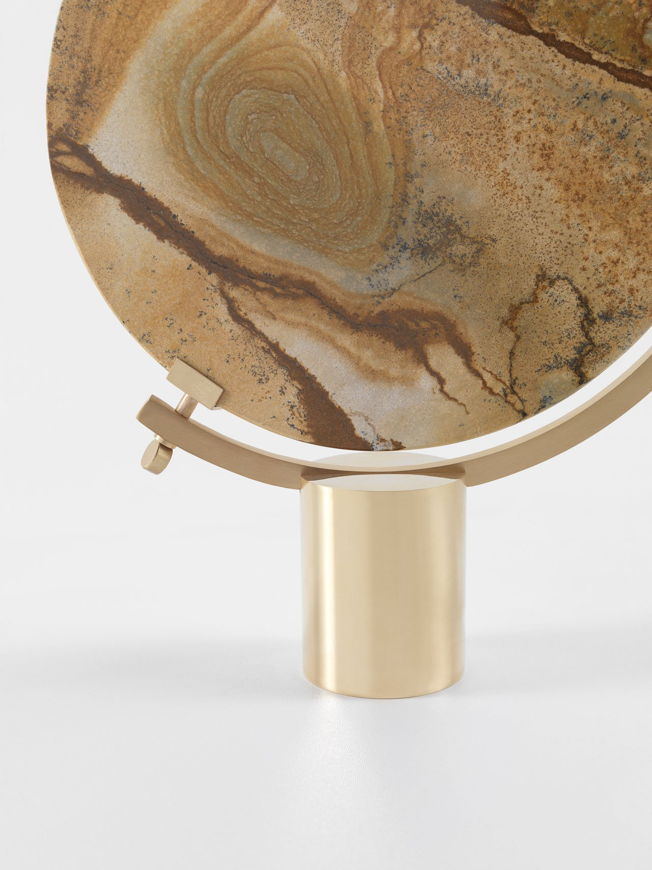 NAIA table mirror by CTRLZAK for JCP Universe.Materials: diverse marbles and super mirror steel with polished brass base and matte brass frame.Dimensions (H x W x D): 33cm x 26cm x 6cm.Photo by Silvio Macchi © JCP Universe.