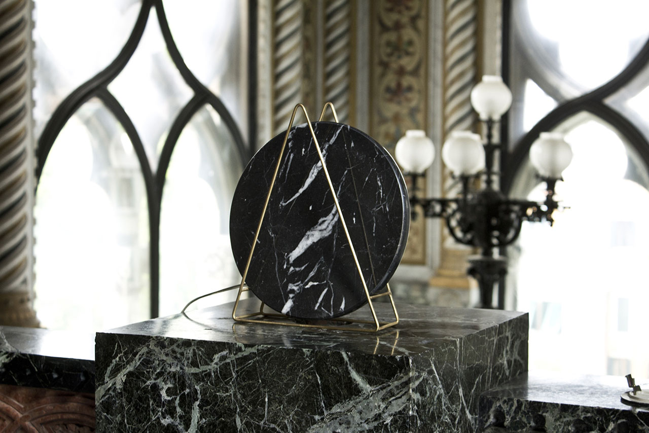 Novecento Marble Lamp by Davide G Aquini. (Available in two versions: black Marquinia and white Carrara).