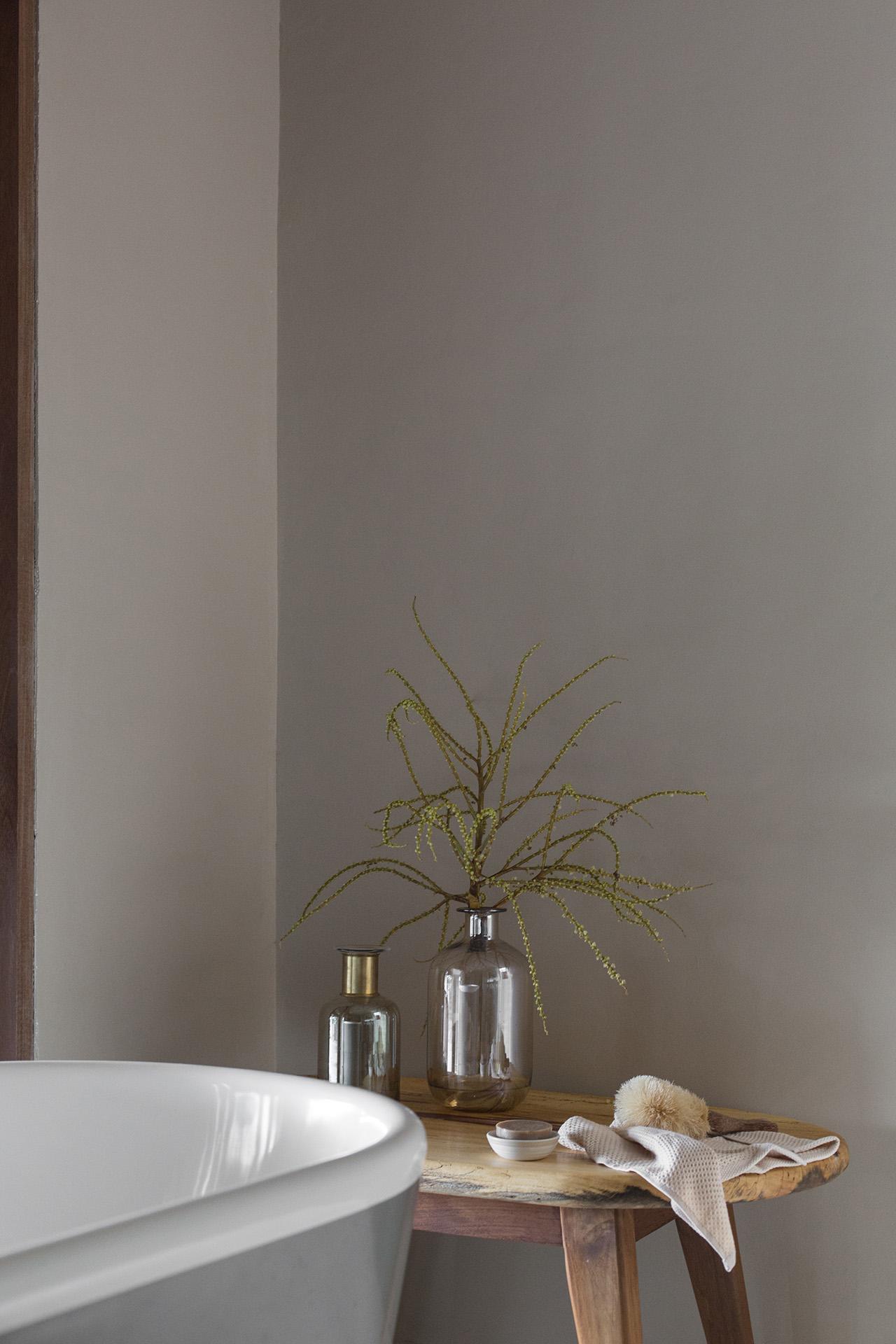The Meier bedroom. Photo by Jencquel Tommaso Riva. Styling byLisa Scapin..