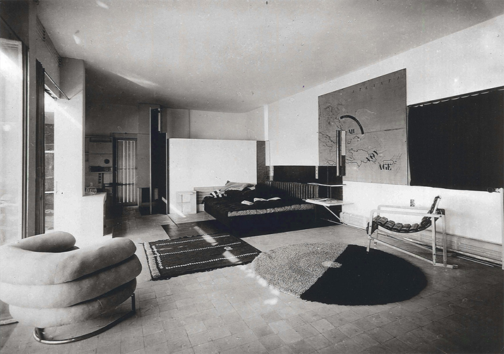 Living room in e1027, Roquebrune-Cap-Martin, Alpes Maritimes, France. 1926-1929.