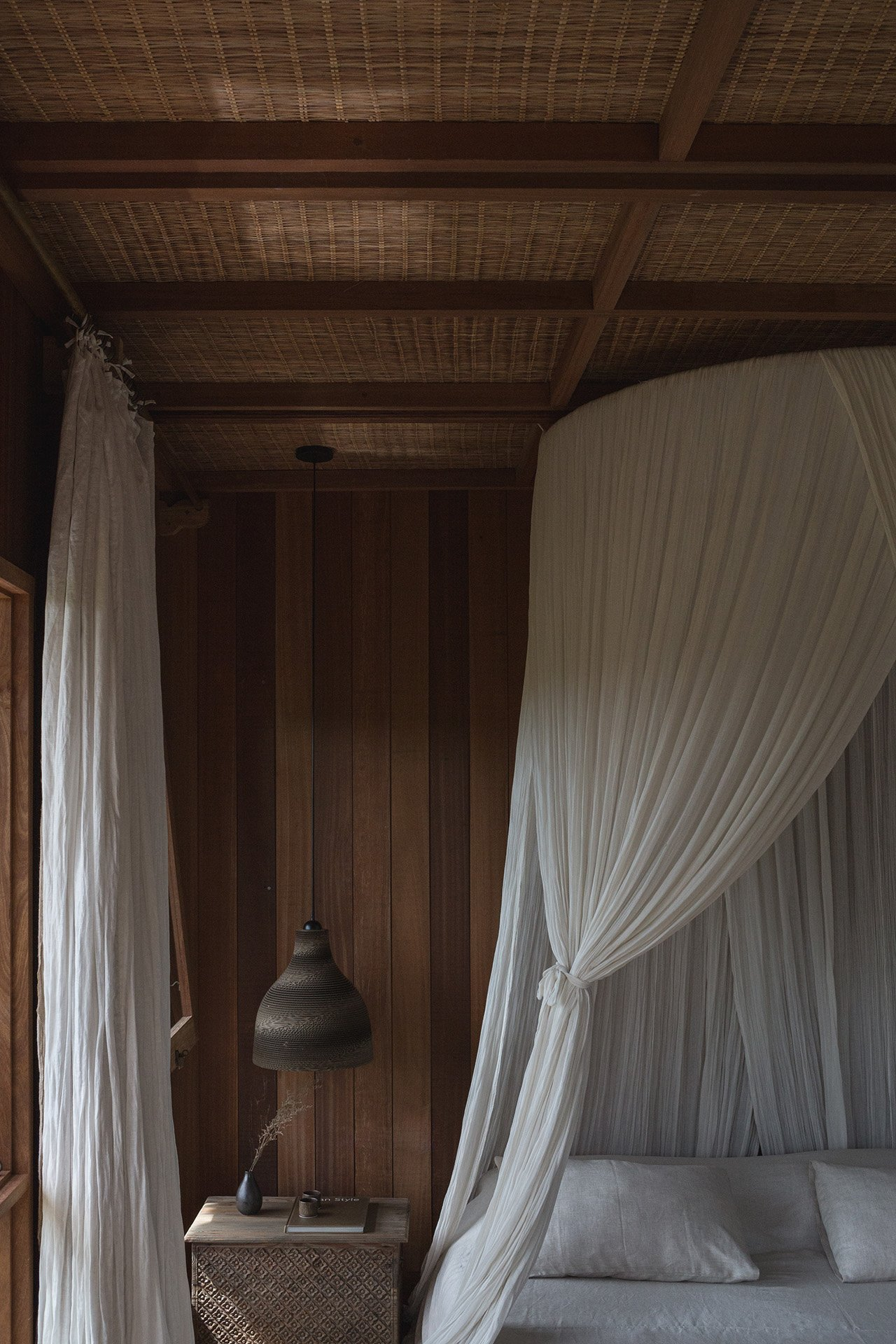 The Chaplin bedroom. Photo by Jencquel Tommaso Riva. Styling by Lisa Scapin.