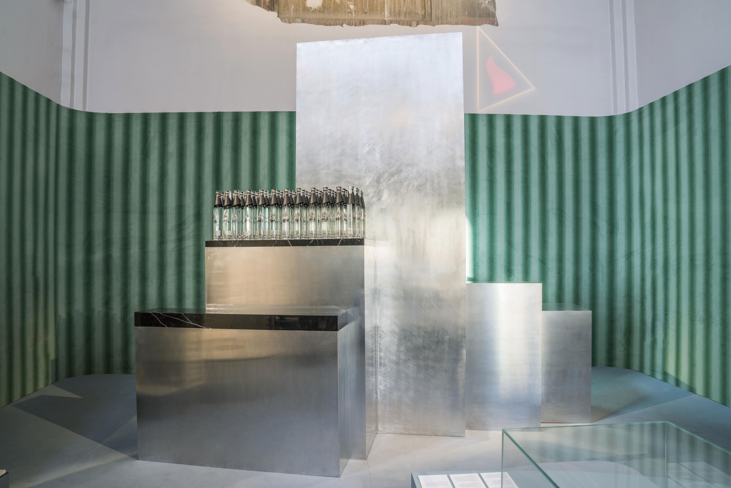 ELIT PROUN BAR inspired by the Russian avant-garde by Carmody Groarke for elit® Vodka at Wallaper*Handmade.