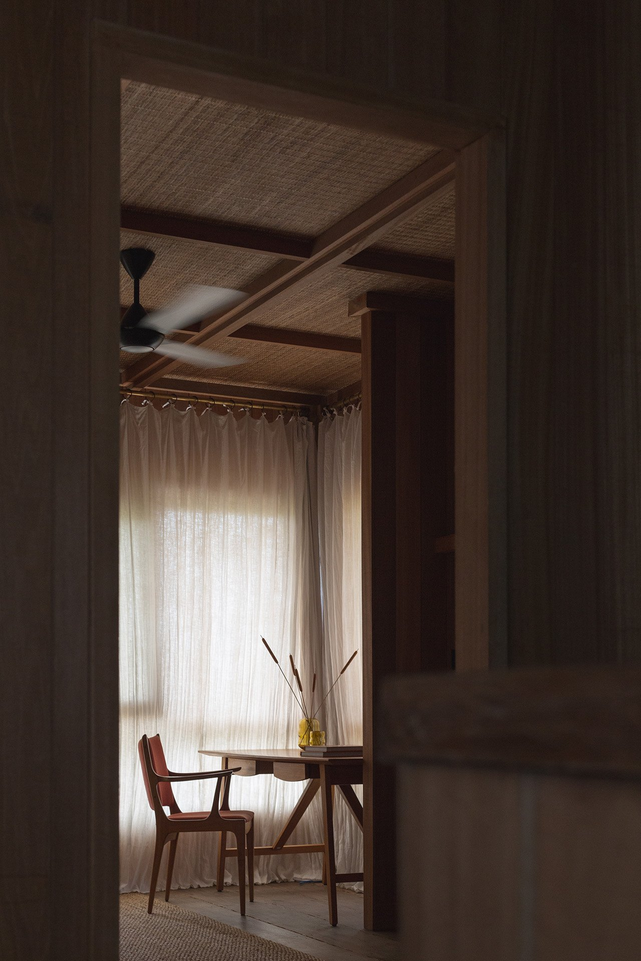 The Mead bedroom. Photo by Tommaso Riva. Styling by Lisa Scapin.
