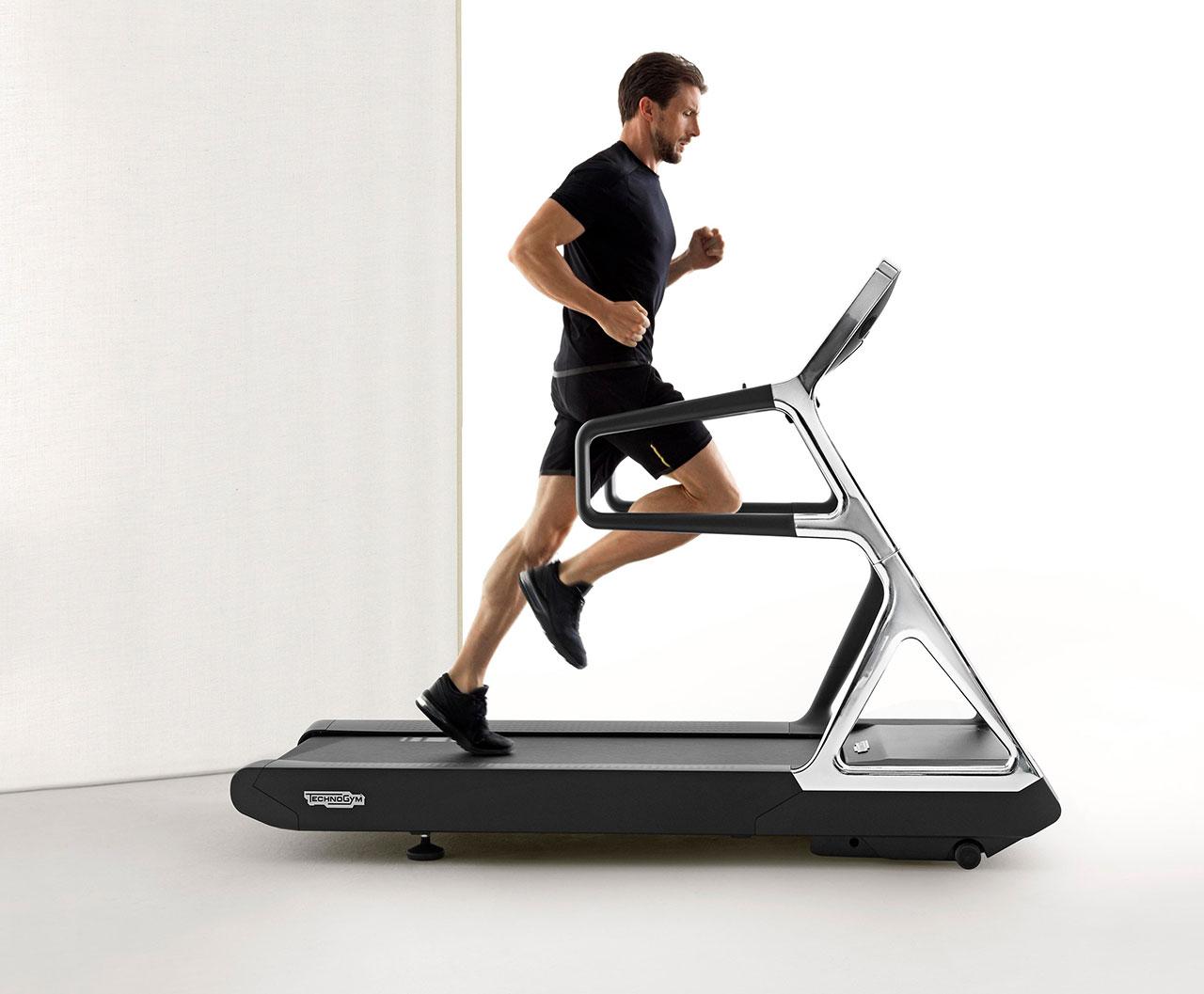 RUN PERSONAL treadmill designed by Antonio Citterio forTechnogym,©Technogym.