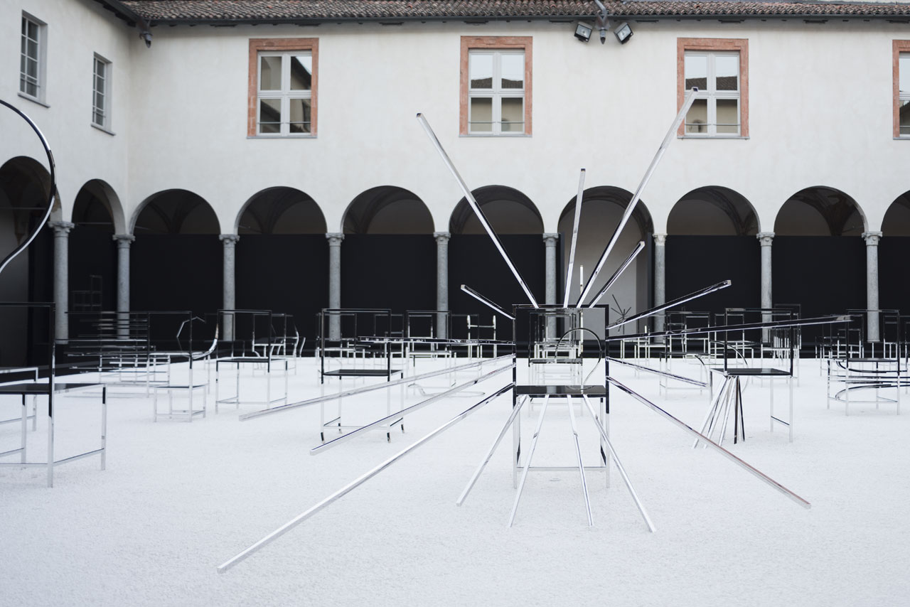 Installation view at Facoltà Teologica dell'Italia Settentrionale (Piazza Paolo VI, 6) of 50 manga chairs by Nendofor Friedman Benda. Photo by Takumi Ota.