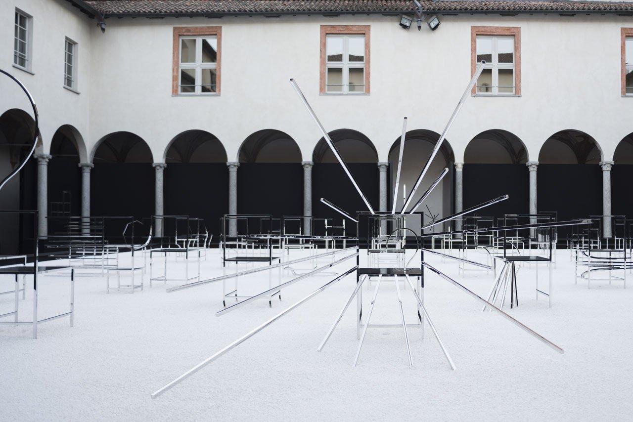 Installation view atFacoltà Teologica dell'Italia Settentrionale (Piazza Paolo VI, 6) of50 manga chairs by Nendofor Friedman Benda. Photo byTakumi Ota.
