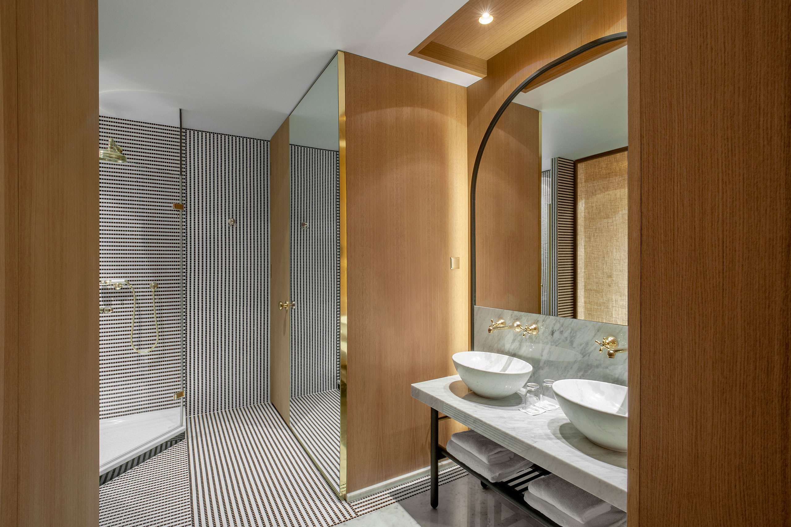 Hotel Vernet Paris : the refurbished h tel vernet in paris by fran ois champsaur yatzer ~ Melissatoandfro.com Idées de Décoration