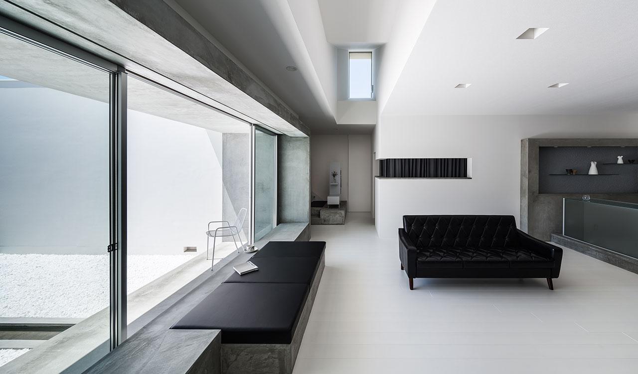 Courtyard house in shiga japan by kouichi kimura yatzer - Interieurdesign ideeen ...