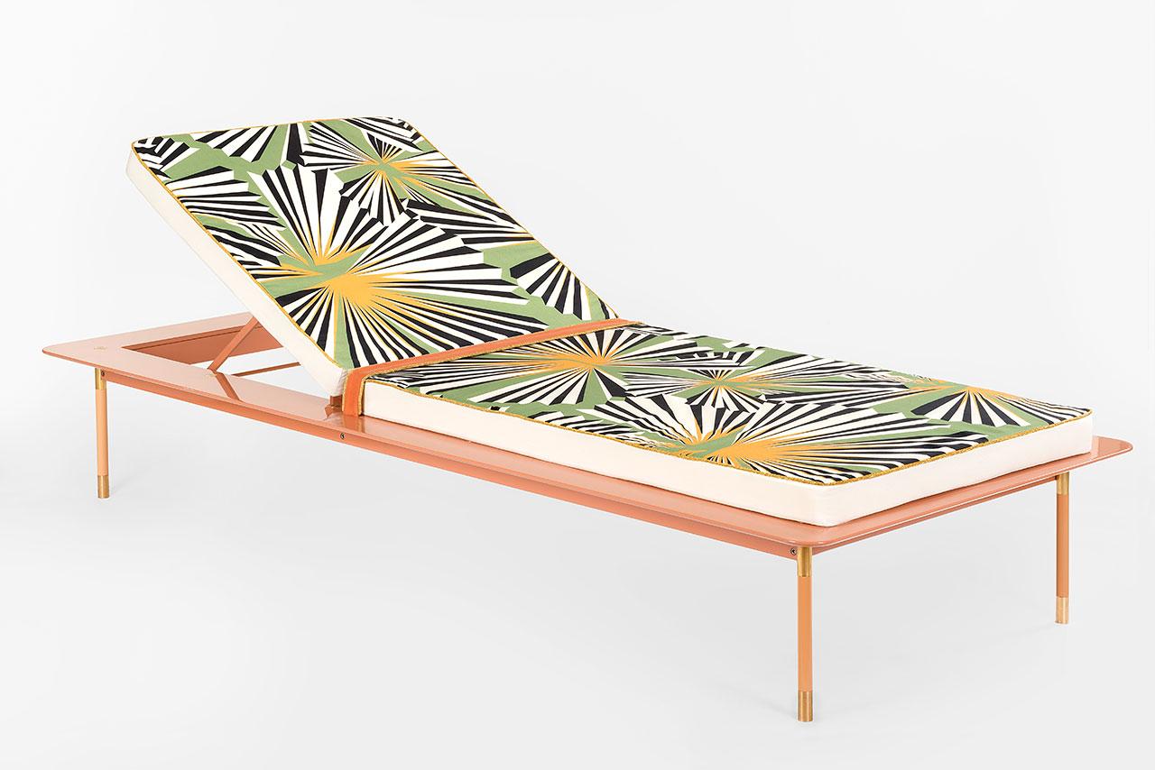 Derek Castiglioni,Aquiloni Collection -Sunbed.198 x 84 x 39 cm.