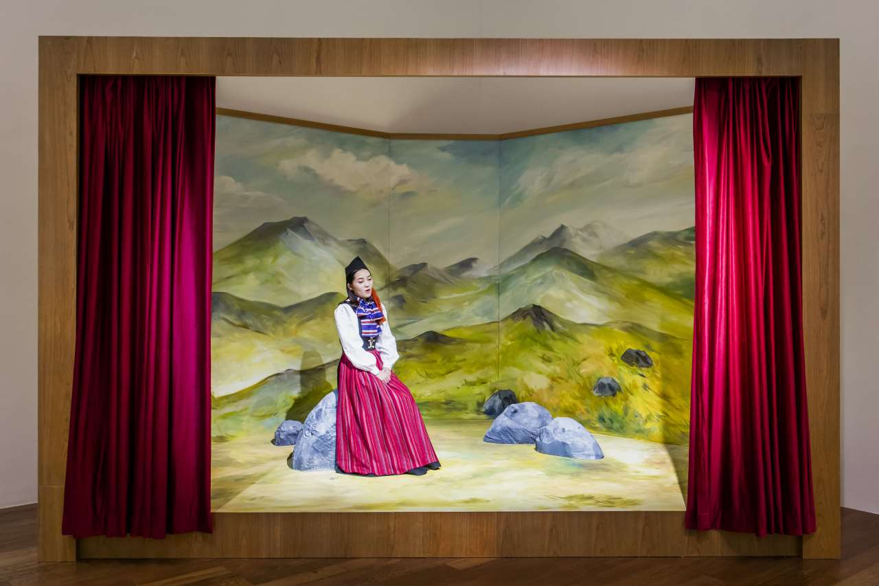 Ragnar Kjartansson,My great, great, grandmother's song (for China), 2018. Performance. Courtesy of the artist and Luhring Augustine.