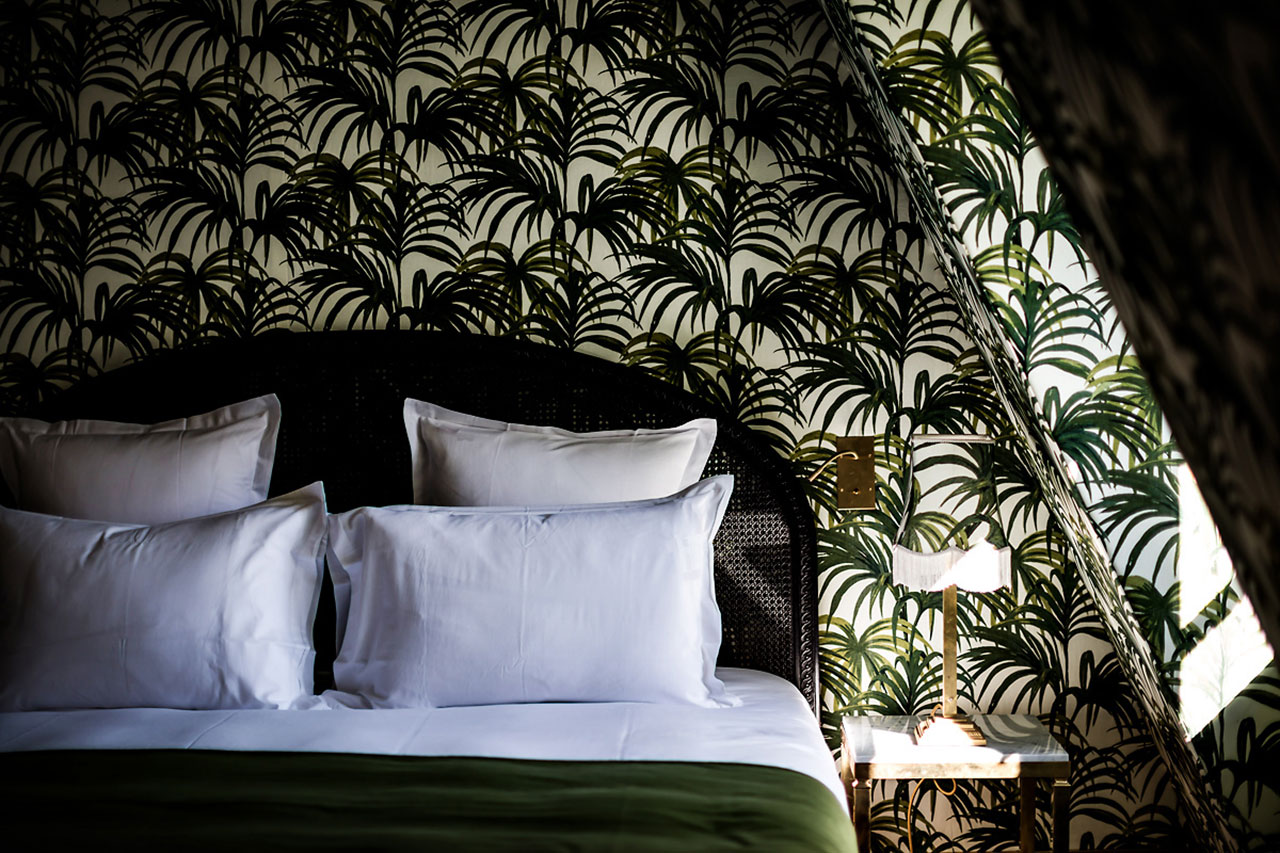 A velvet stroke at the h tel providence paris yatzer for Designhotel paris