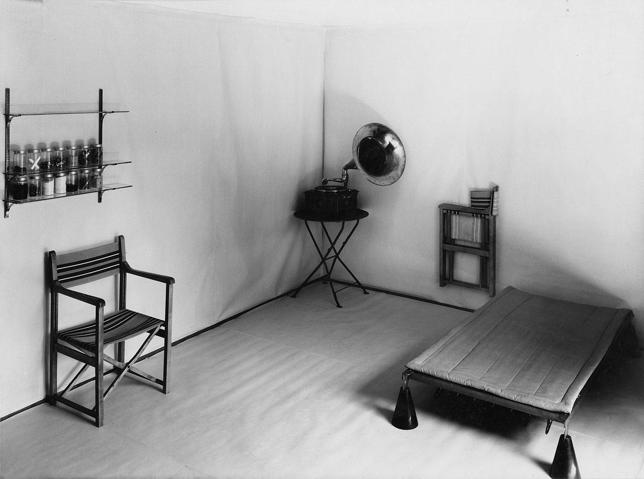 Hannes Meyer, Co-op room, Basel, 1926, ©ArchivETH Zürich.