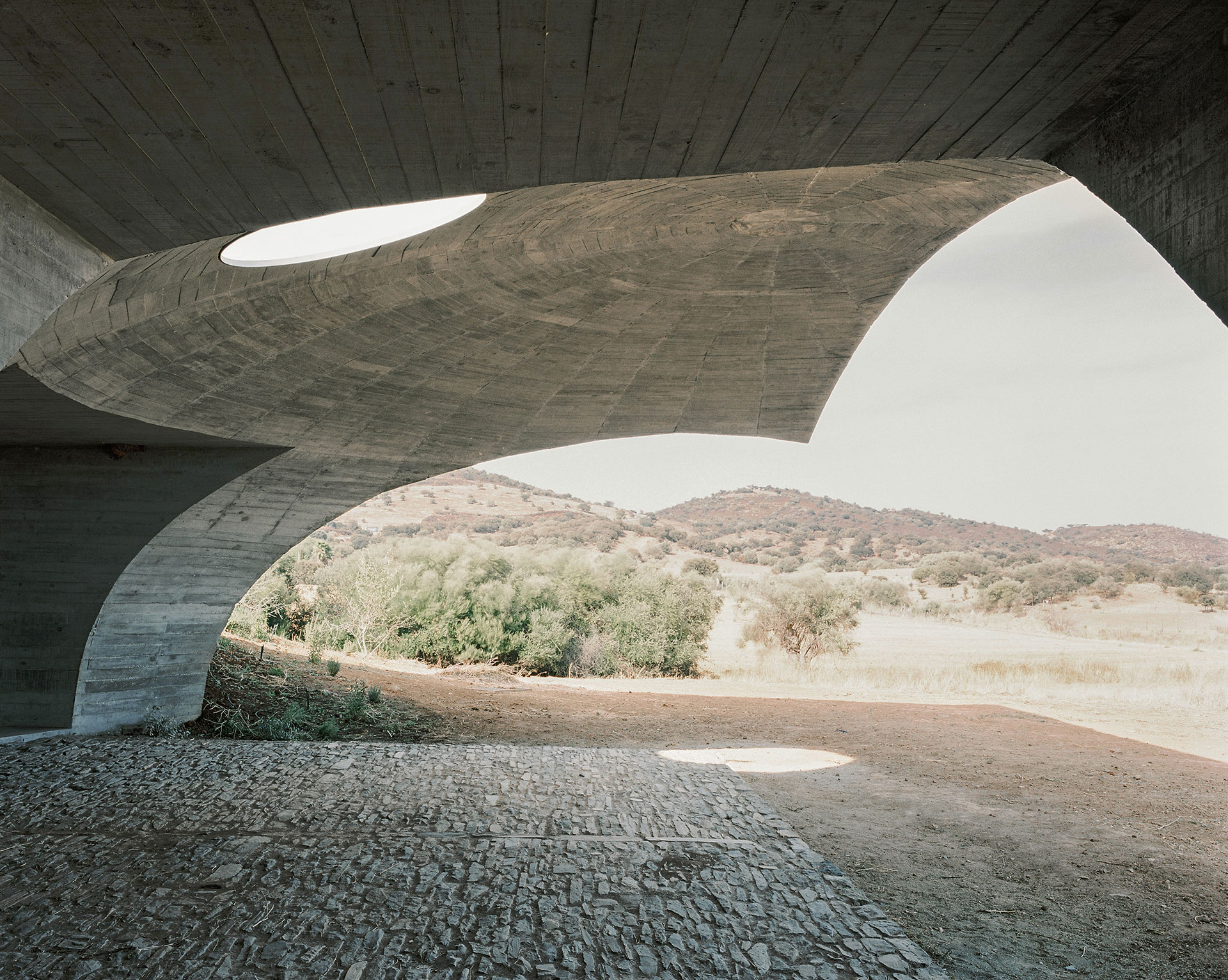 House in Monsaraz by Aires Mateus Architects. Photo by Rui Cardoso.