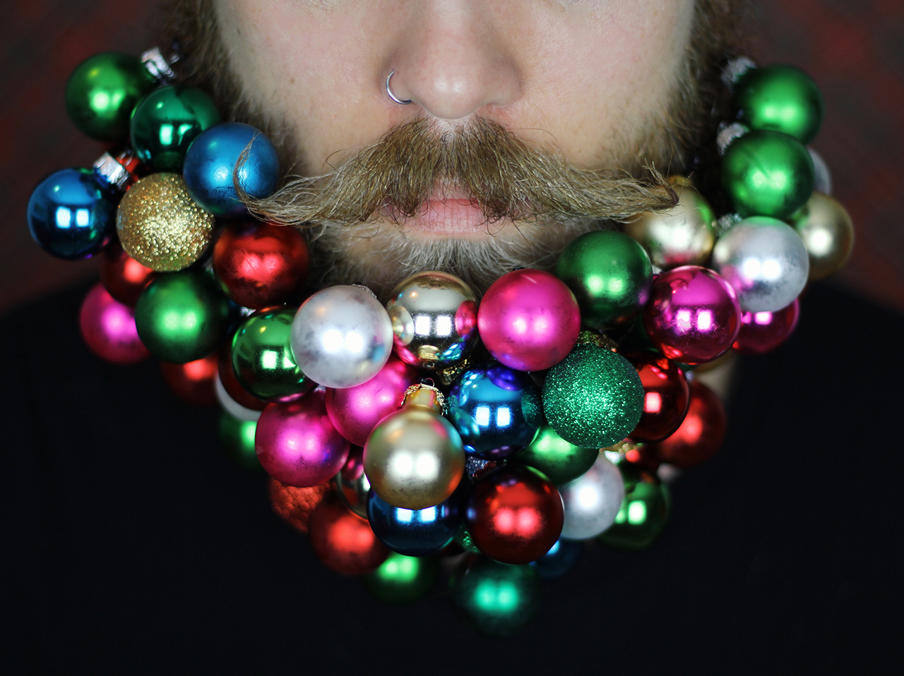 how to get glitter out of your beard
