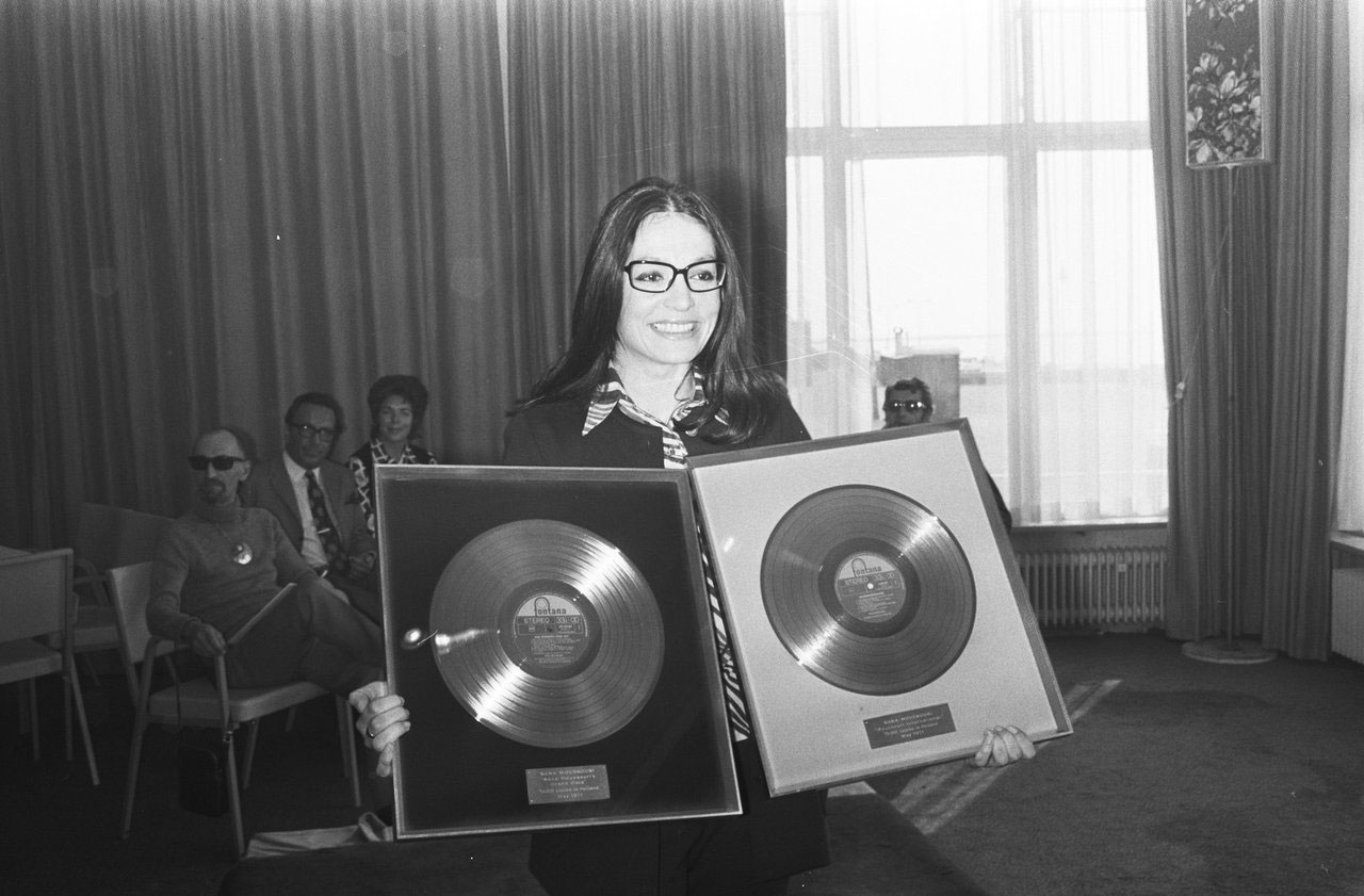 Nana Mouskouri. Photo from Zonars archive © Zonars.