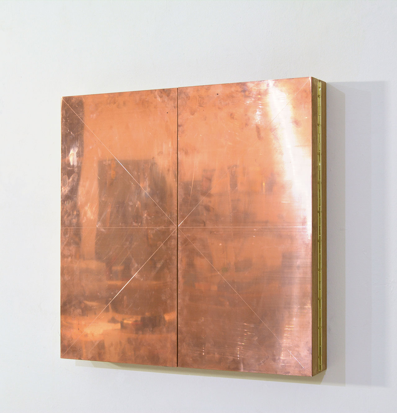 Technological Mandala 128 Perpetual nexus, 2019, copper wires, copper plate, acrylic mirrior, paper, varnish, framed, artwork open 61x123x4,8 cm | 24x48½x1¾ inches ||  artwork closed 61x61x9,6 |24x24x3¾ inches. Courtesy: The Flat – Massimo Carasi. Photo by The Flat.