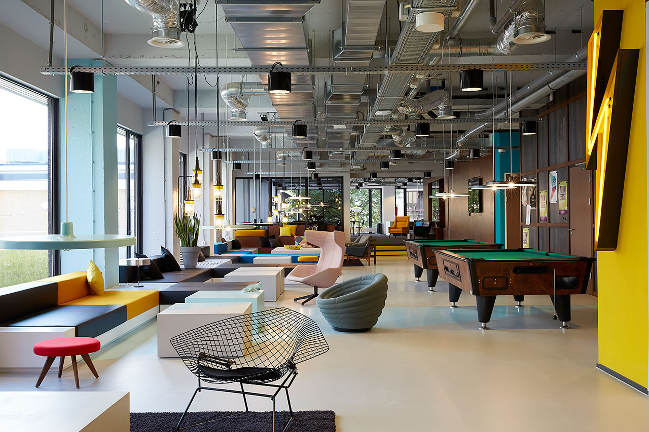 Boutique hotel meets student housing the student hotel for Design hotels amsterdam