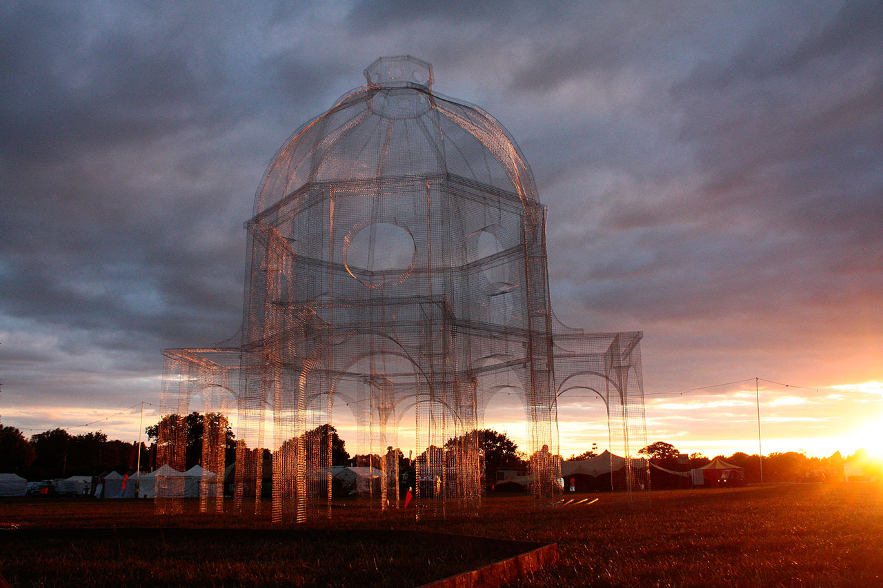 Edoardo Tresoldi, Lift (2015). Photo © Edoardo Tresoldi.