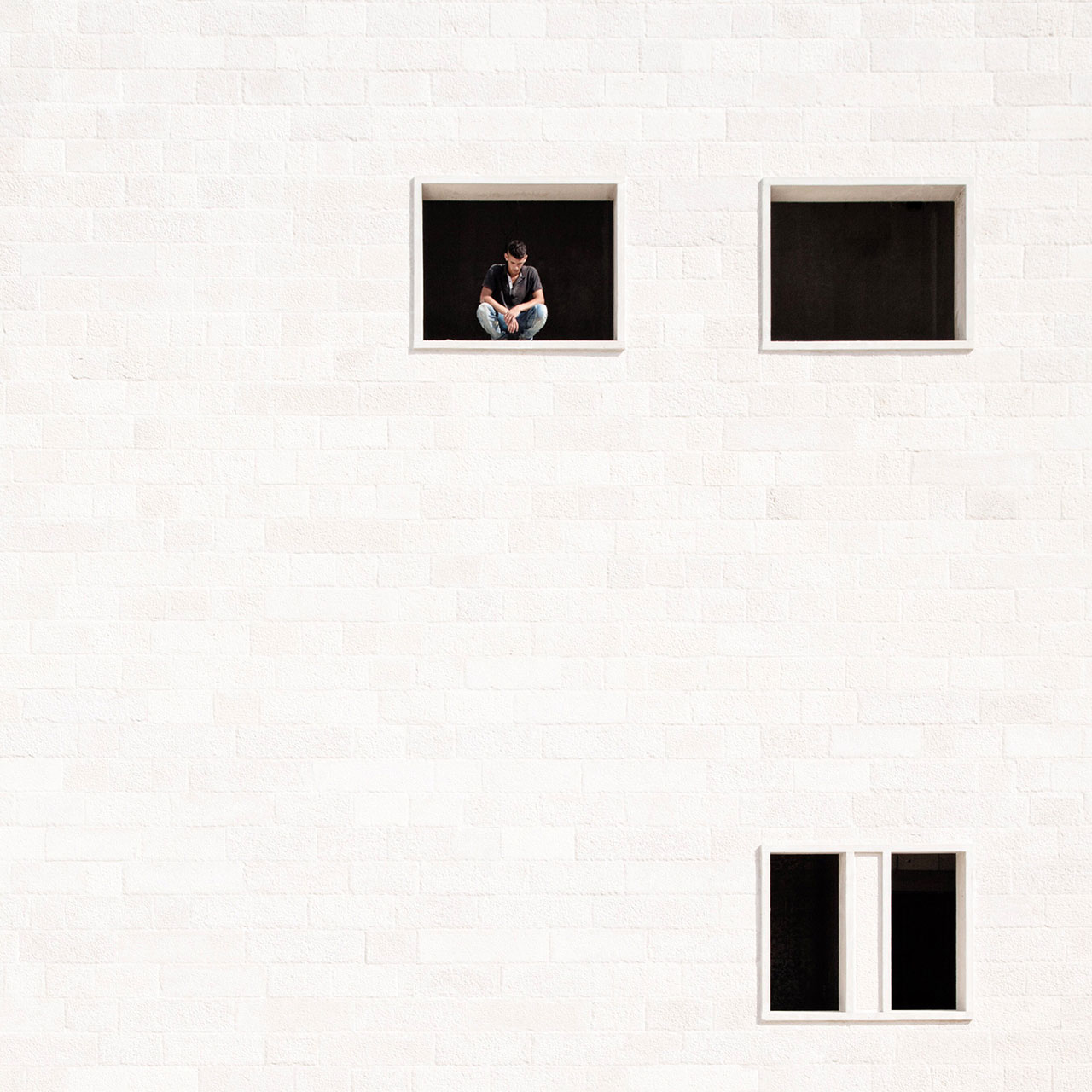 Meditation, photo © Serge Najjar.