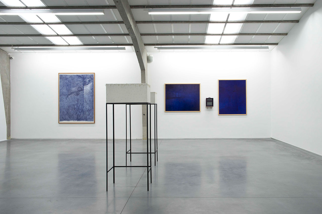 Jan Fabre, 30 Years-7 Rooms. Exhibition view, Room II – The Hour Blue © Deweer Gallery, Otegem Belgium, 2015.