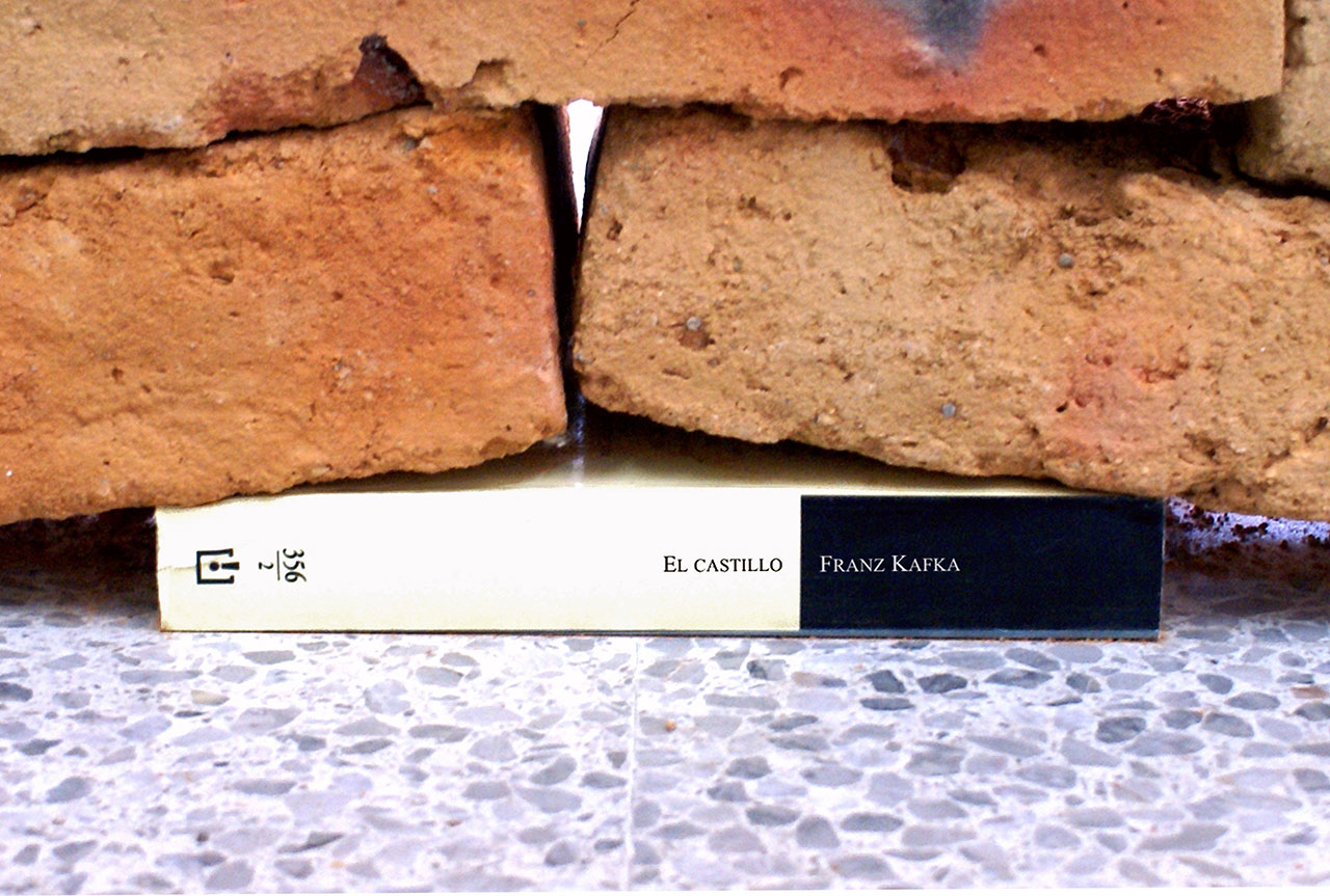 The Castle 2007 Bricks, edition of Franz Kafka's 'The Castle' (detail) 2300 x 1750 x 400 cm Photo © Jorge Méndez Blake.