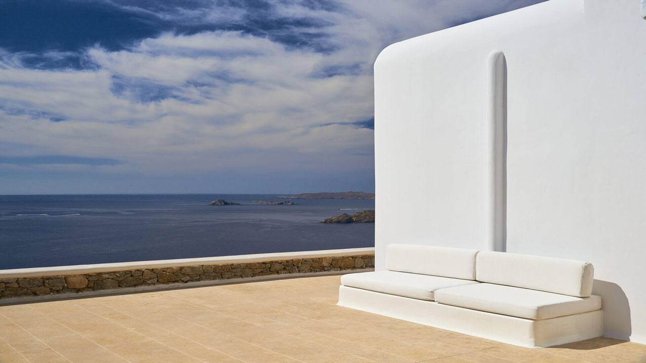 Villa Indigo, Agios Lazaros, Mykonos. Photo © Kinglike Concierge.
