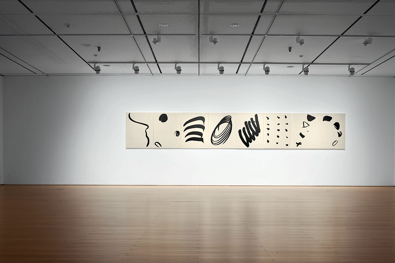 Untitled, 2012. Acrylic medium, charcoal on canvas, 116 x 89 cm each. Installation view at the Daegu Art Museum in 2014. Photo © PARK Myung-Rae. / © Lee Bae.