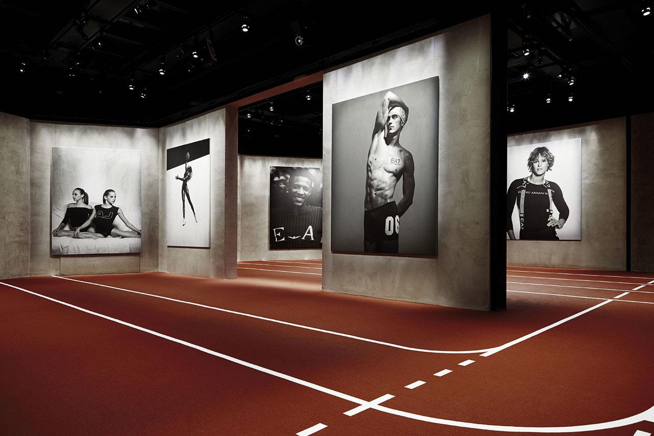 Armani/Silos,Emotions of the Athletic Body, exhibition view.Photo by Alberto Zanetti.